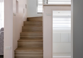 极简北欧风格楼梯装修图片