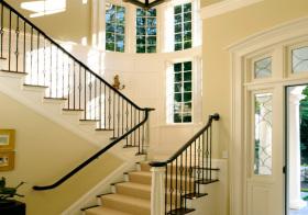 典雅美式风格楼梯装修图片