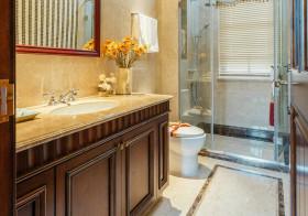 典雅美式卫生间设计案例