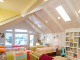 彩色美式阁楼设计