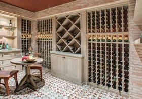 现代仿古色酒柜设计欣赏