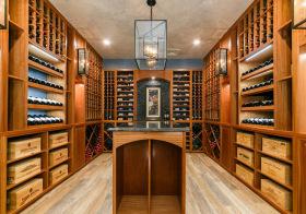 现代木质清新酒柜欣赏