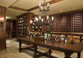 现代华丽酒柜设计美图