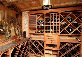 木质清爽酒柜设计美图
