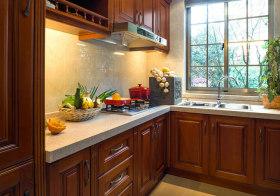 实木美式厨房装修设计