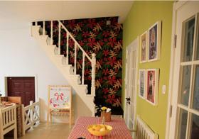 温馨田园风格楼梯装修设计