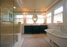现代卫生间窗帘设计美图