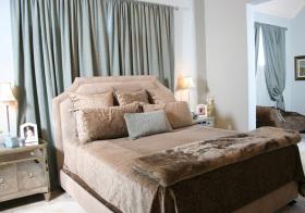 现代卧室窗帘装修设计