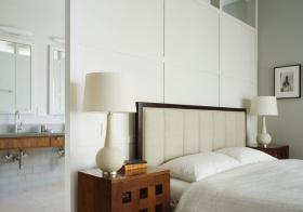 现代卧室白色隔断欣赏