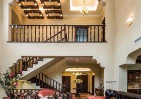 温馨美式风格楼梯装修设计