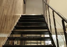 简约现代风格楼梯装修设计