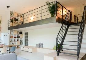 利落北欧风格楼梯装修设计