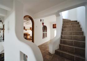 地中海风格楼梯装修设计