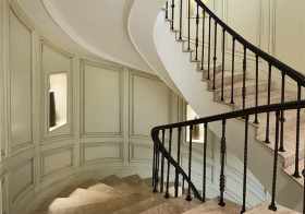 优雅简欧风格楼梯装修设计