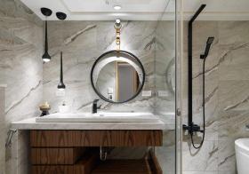 现代风浴室柜装修
