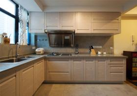 简约现代风格厨房装修设计
