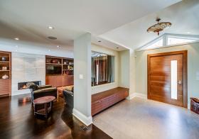 客厅透明隔断设计