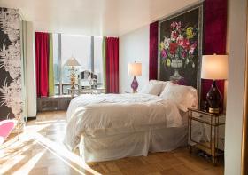 现代红黄配窗帘设计