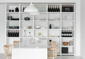 现代白色格子酒柜美图