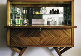 现代小脚酒柜设计美图