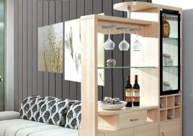 清爽木质酒柜装修设计
