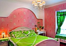 粉色简欧儿童房欣赏