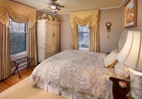 卧室布艺窗帘美图欣赏