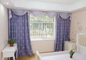 卧室蓝色简约窗帘设计美图