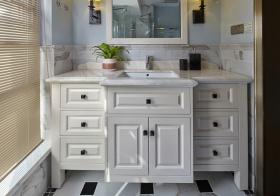 异型美式浴室柜装修设计