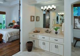 开放式简约浴室柜装饰