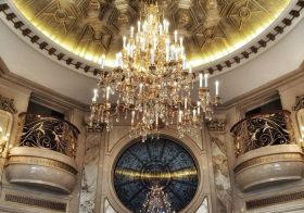 奢华复古欧式吊顶装修设计
