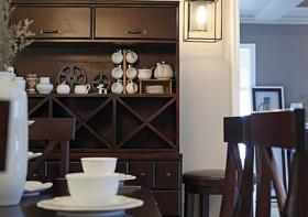 餐厅木质酒柜装修美图