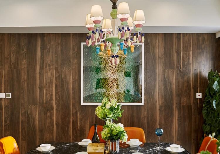 木条装饰餐厅背景墙设计图片