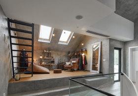 白色创意现代阁楼设计
