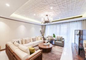 白色花纹中式客厅吊顶欣赏