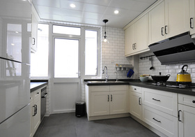 简约风格厨房装修设计