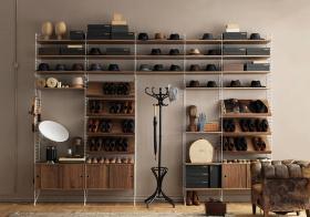 原木深色简约鞋柜设计