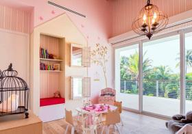 粉色可爱田园风儿童房装修