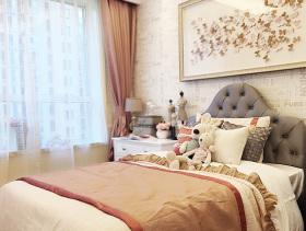 可爱现代卧室窗帘设计