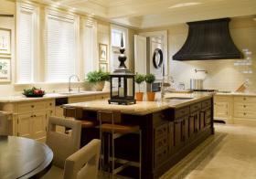 原木美式厨房装修设计
