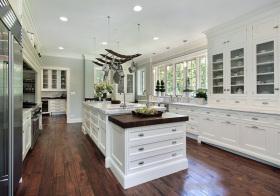 黑白简约欧式厨房设计