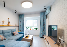 蓝色清新简约客厅装修