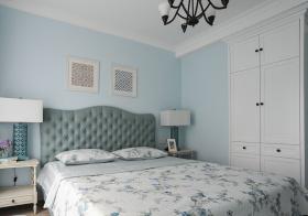 浅蓝美式卧室装修设计