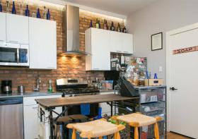 温馨北欧厨房吧台设计