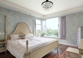 碎花美式卧室装修设计