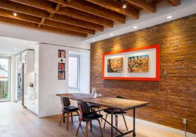 木制现代餐厅背景墙设计