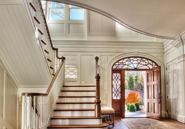 奢华欧式转角楼梯装修