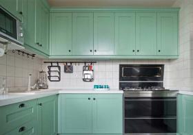 薄荷绿北欧厨房橱柜设计