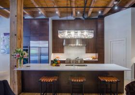 开放北欧厨房吧台设计