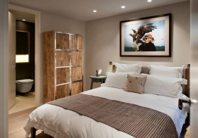 木制现代卧室橱柜设计